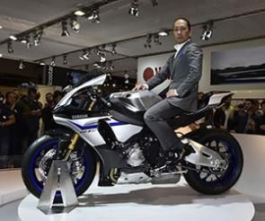 Hideki Fujiwara - Project leader de la YZF-R1 2015